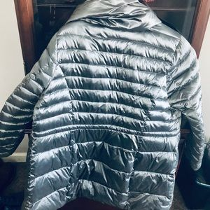 Steve Madden Puffer 3/4 length jacket!